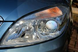 Jak jeździć bezpiecznie i jak ustawiać światła samochodowe?