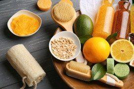 Oczyszczający i rozjaśniający peeling z cytrusów