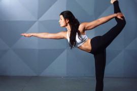 10 ćwiczeń dla kobiet, które poprawiają jakość SEKSU! (zdjęcia+instrukcja)