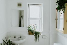 10 pomysłów na przytulną, ale minimalistyczną ŁAZIENKĘ