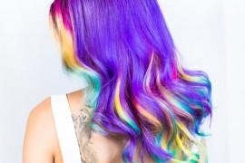 10 kolorów włosów, których nie lubi żaden FACET! Wskazują je bez zastanowienia!
