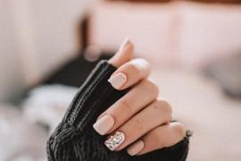 TOP: 8 kolorów i wzorów paznokci, które będą modne tego LATA!