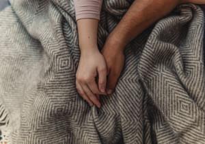 """Jak zdobyć serce chłopaka? 6 sposobów, by uczynić go ,,TWOIM"""" na zawsze"""