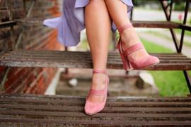 Pajączki na nogach – jak leczyć popękane naczynka?